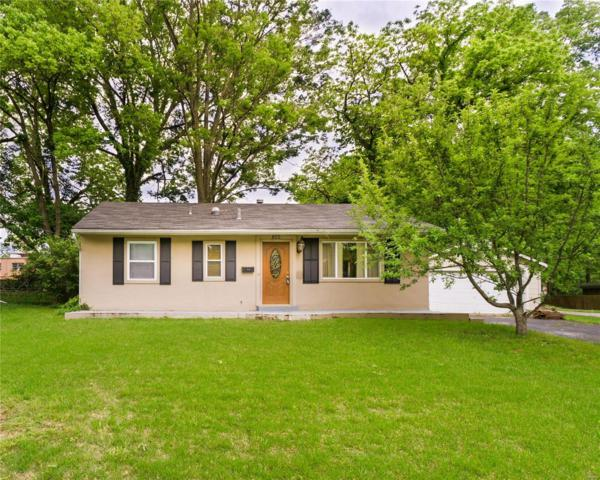 822 Hawkins Court, Webster Groves, MO 63126 (#19003660) :: Clarity Street Realty