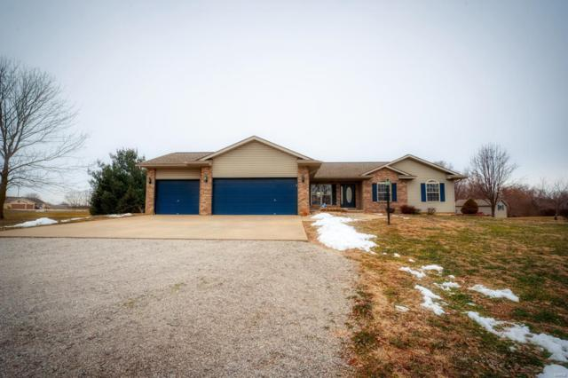 130 Greenbrier Lane, Bethalto, IL 62010 (#19004100) :: Walker Real Estate Team