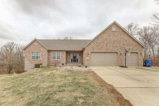 717 Birch, Maryville, IL 62062 (#19006864) :: Fusion Realty, LLC