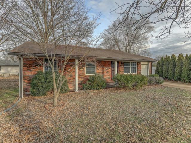 1626 Landmark Drive, Mascoutah, IL 62258 (#19007705) :: Holden Realty Group - RE/MAX Preferred