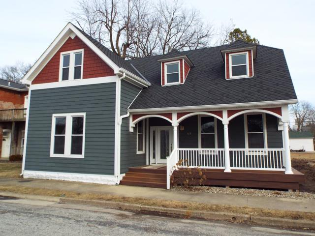 310 S Main Street, TRENTON, IL 62293 (#19009070) :: Holden Realty Group - RE/MAX Preferred