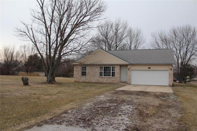 1900 Fountainbleu Drive, Worden, IL 62097 (#19010223) :: The Kathy Helbig Group