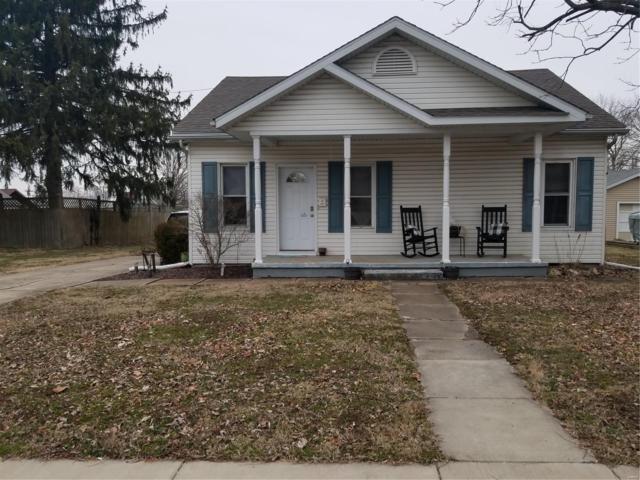 177 E Maple, NASHVILLE, IL 62263 (#19010443) :: St. Louis Finest Homes Realty Group
