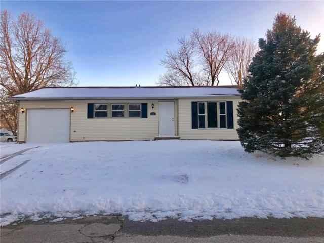 333 Tremont Drive, Godfrey, IL 62035 (#19013442) :: RE/MAX Professional Realty