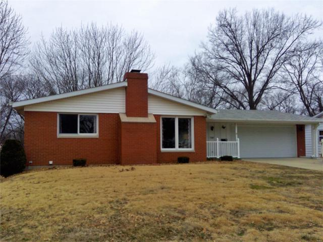 329 Lincolnshire Boulevard, Belleville, IL 62221 (#19015468) :: Clarity Street Realty