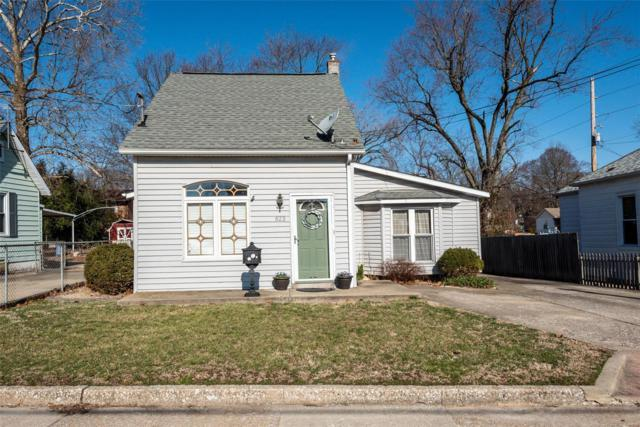 623 N Charles Street, Belleville, IL 62220 (#19015977) :: Clarity Street Realty