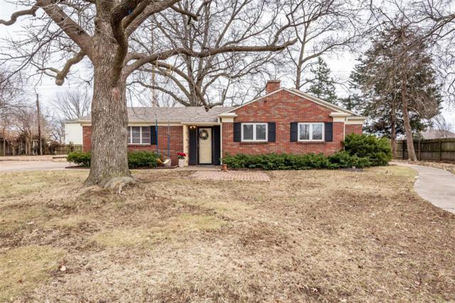 1 Coral, Belleville, IL 62221 (#19016872) :: Kelly Hager Group   TdD Premier Real Estate