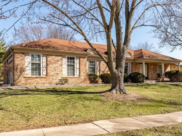 1552 Woodroyal West Drive, Chesterfield, MO 63017 (#19017935) :: Kelly Hager Group | TdD Premier Real Estate