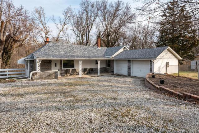 9753 N Holy Cross Road, Fairview Heights, IL 62208 (#19018838) :: Fusion Realty, LLC