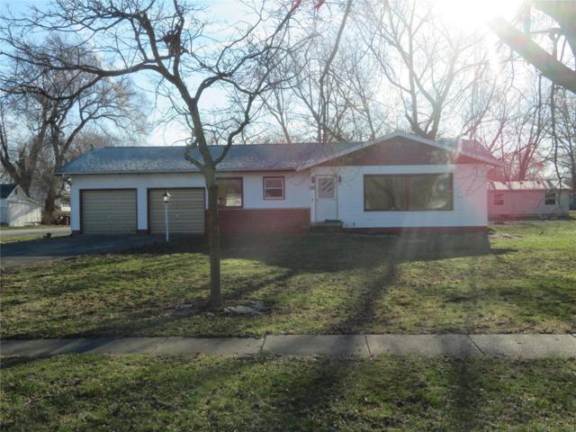 328 N Superior, RAMSEY, IL 62080 (#19019512) :: RE/MAX Professional Realty