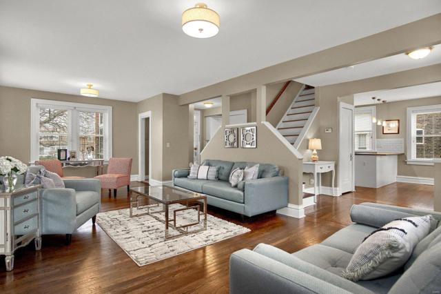 4028 Loughborough Avenue, St Louis, MO 63116 (#19019763) :: Kelly Hager Group | TdD Premier Real Estate