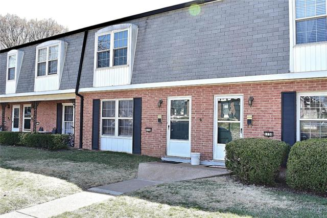 1728 Mayenne Court, St Louis, MO 63125 (#19019954) :: Clarity Street Realty
