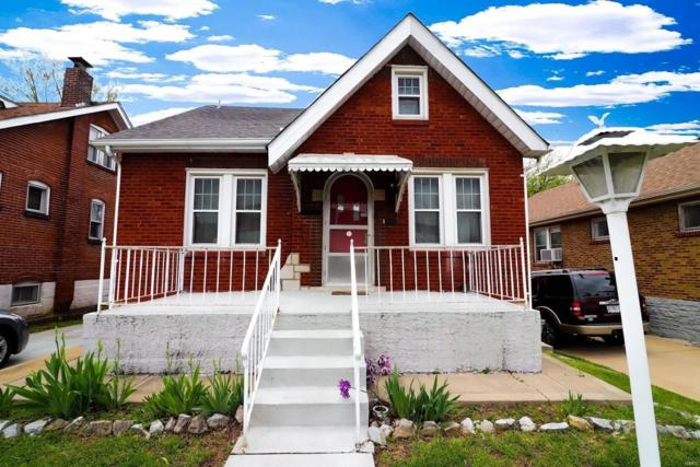 8507 Lacey Avenue, St Louis, MO 63123 (#19027629) :: The Becky O'Neill Power Home Selling Team