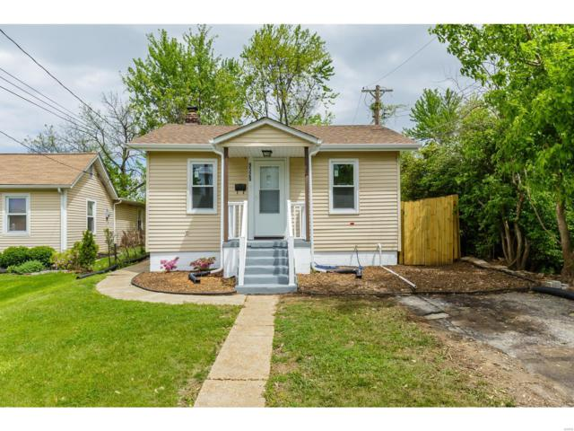 9329 Latrobe Avenue, St Louis, MO 63114 (#19031690) :: The Becky O'Neill Power Home Selling Team