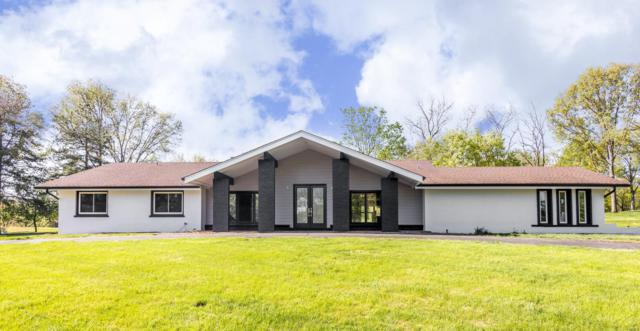 82 Meadowbrook Country Club, Ballwin, MO 63011 (#19032439) :: The Kathy Helbig Group