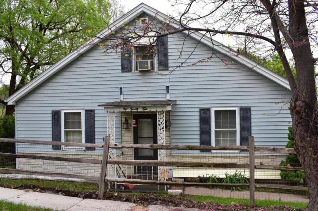 124 Buchanon, Hannibal, MO 63401 (#19032502) :: The Becky O'Neill Power Home Selling Team