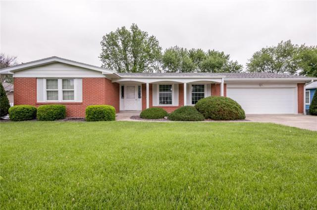 1020 Wedgewood Drive, Saint Charles, MO 63303 (#19034718) :: The Becky O'Neill Power Home Selling Team