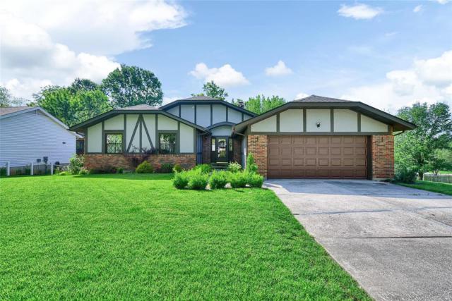 854 San Sebastian Drive, Fenton, MO 63026 (#19035495) :: The Becky O'Neill Power Home Selling Team