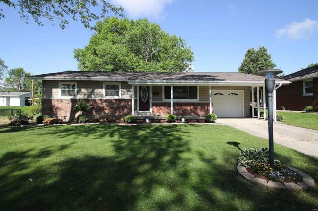 1216 Lynn Street, Highland, IL 62249 (#19035523) :: The Becky O'Neill Power Home Selling Team