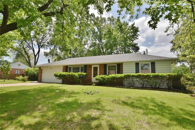 6 Eastleigh Drive, St Louis, MO 63135 (#19035779) :: RE/MAX Professional Realty