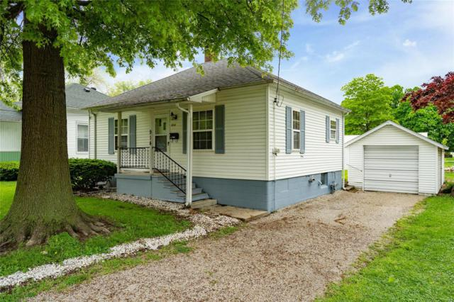 914 N Walnut, LITCHFIELD, IL 62056 (#19036541) :: The Becky O'Neill Power Home Selling Team