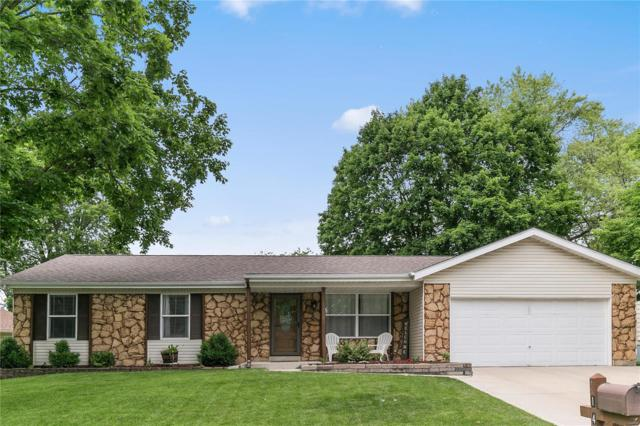 1440 Cave Springs Estate Drive, Saint Peters, MO 63376 (#19036575) :: The Becky O'Neill Power Home Selling Team