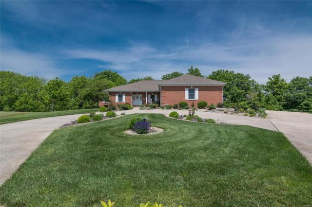 35 Silver Fox Court, Highland, IL 62249 (#19037096) :: The Becky O'Neill Power Home Selling Team