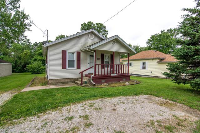 1412 W Main Street, Vandalia, IL 62471 (#19037147) :: The Becky O'Neill Power Home Selling Team