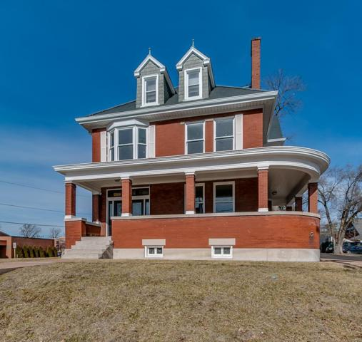566 1st Capitol, Saint Charles, MO 63301 (#19037197) :: The Becky O'Neill Power Home Selling Team
