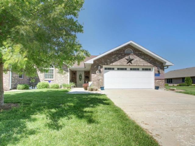 720 N Spring St, Palmyra, MO 63461 (#19037254) :: The Becky O'Neill Power Home Selling Team