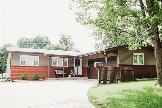 2326 West Adams Street, Saint Charles, MO 63301 (#19037257) :: The Becky O'Neill Power Home Selling Team