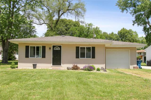 315 Pershing Avenue, Wood River, IL 62095 (#19037474) :: The Becky O'Neill Power Home Selling Team