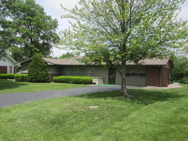 13 Davis Drive, Jerseyville, IL 62052 (#19037842) :: The Becky O'Neill Power Home Selling Team