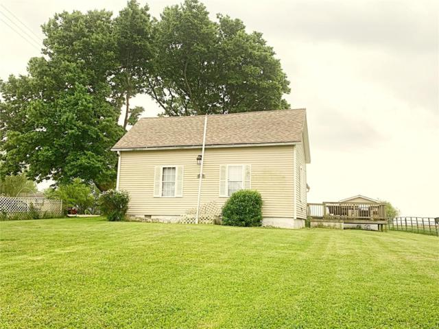526 Il 185, Vandalia, IL 62471 (#19038078) :: The Becky O'Neill Power Home Selling Team