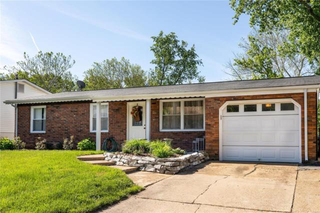11936 Ameling Road, Maryland Heights, MO 63043 (#19038136) :: The Becky O'Neill Power Home Selling Team