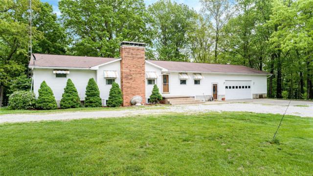 76 Cardinal Lane, Hillsboro, IL 62049 (#19038473) :: Ryan Miller Homes