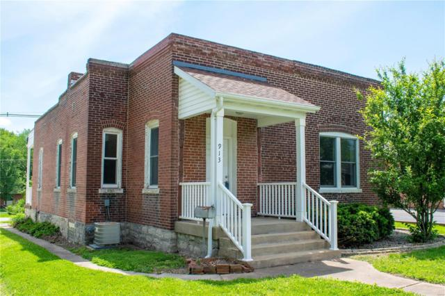 913 Main, Columbia, IL 62236 (#19038923) :: The Becky O'Neill Power Home Selling Team