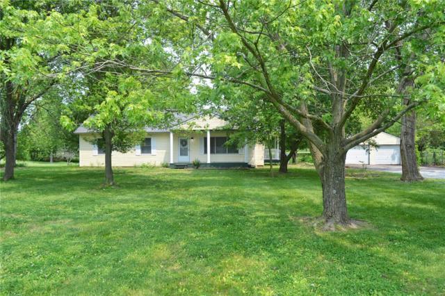 16 Pecan Lane, Belleville, IL 62223 (#19040348) :: Fusion Realty, LLC