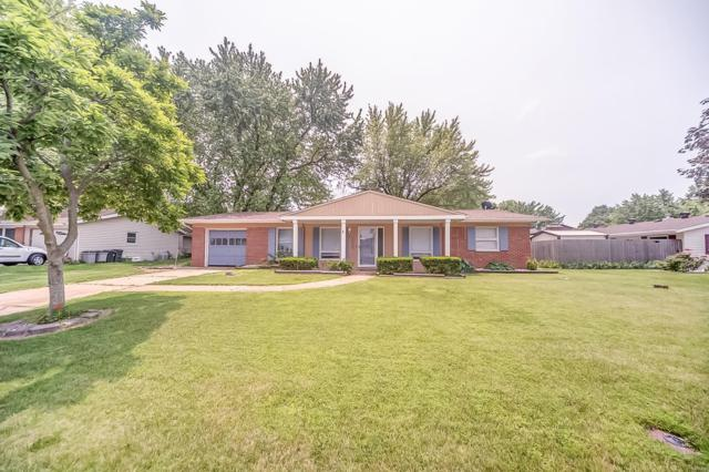 112 Lakeland Boulevard, Swansea, IL 62226 (#19040885) :: Holden Realty Group - RE/MAX Preferred