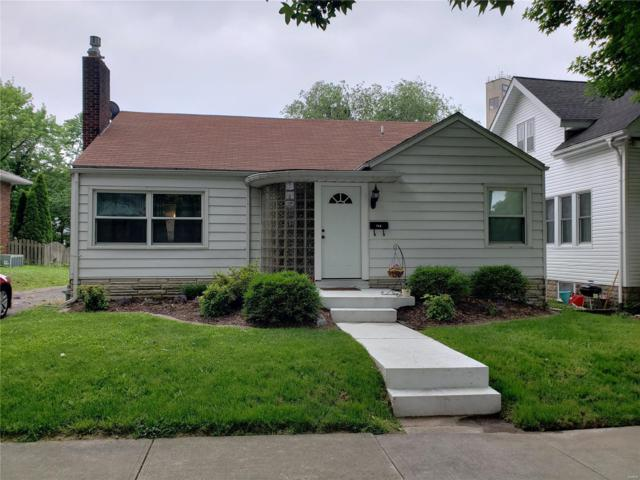 716 Laurel Street, Highland, IL 62249 (#19043145) :: RE/MAX Vision