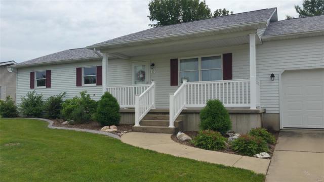 17 Ridge Drive, LITCHFIELD, IL 62056 (#19043167) :: Sue Martin Team