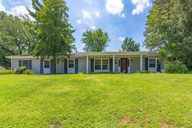 305 Ridge Trail Drive, Chesterfield, MO 63017 (#19043327) :: The Kathy Helbig Group