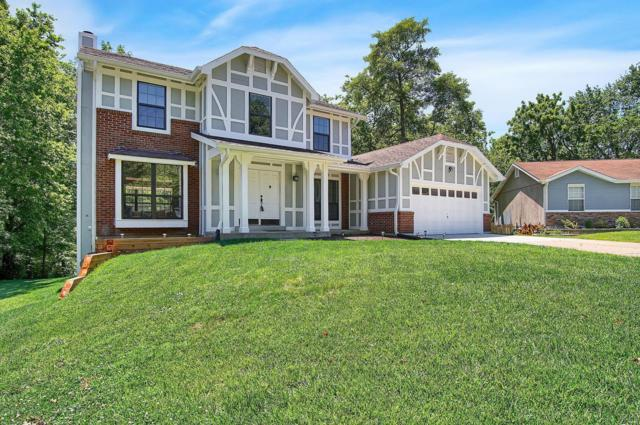 909 W Woolwick, Saint Charles, MO 63304 (#19043609) :: Kelly Hager Group | TdD Premier Real Estate