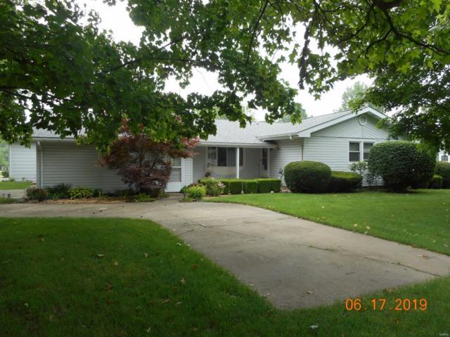 805 Miller Street, NOKOMIS, IL 62075 (#19045048) :: Clarity Street Realty