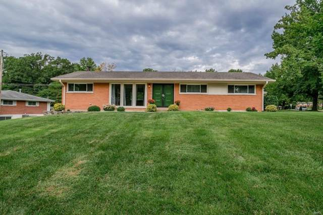 8801 Hemingway Drive, Crestwood, MO 63126 (#19045885) :: Holden Realty Group - RE/MAX Preferred