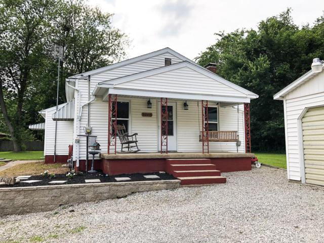1207 Jefferson Street, STAUNTON, IL 62088 (#19047174) :: Clarity Street Realty