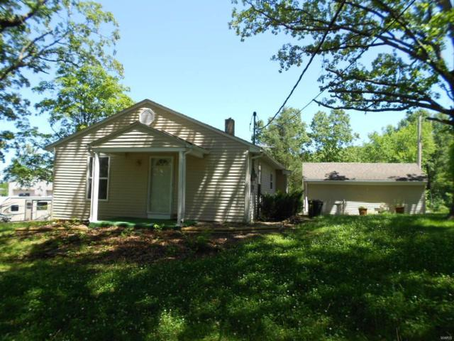3935 Fountain City, De Soto, MO 63020 (#19047385) :: Clarity Street Realty