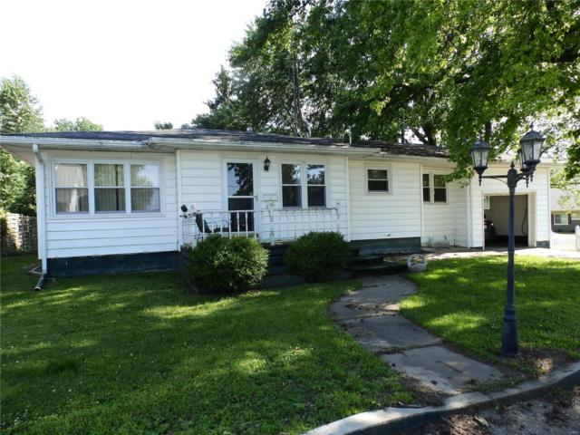 309 W Perry Street, Pittsfield, IL 62363 (#19047631) :: RE/MAX Vision
