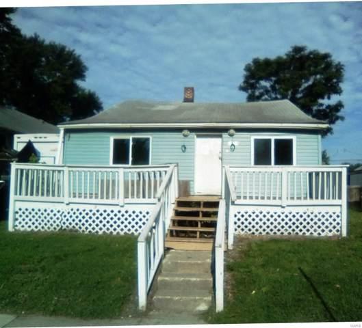 2927 Buxton Avenue, Granite City, IL 62040 (#19049485) :: RE/MAX Vision