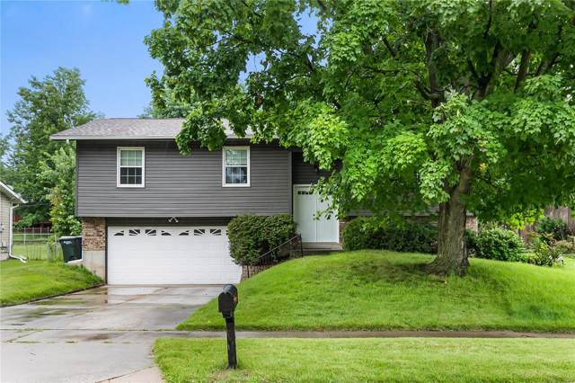 2145 Bienville Dr., Florissant, MO 63031 (#19050182) :: Clarity Street Realty